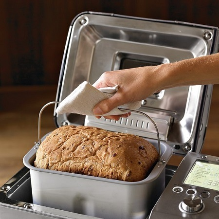 Baked Bread In Breville BBM800XL Bread Maker