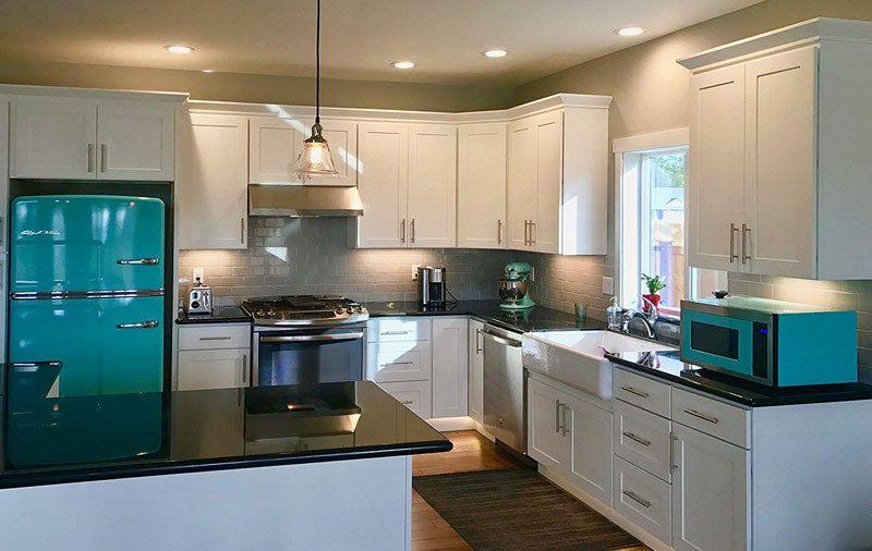 Our Favorite Retro Kitchen Appliances 2019